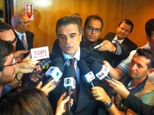 O ministro da Justiça, José Eduardo Cardozo, em entrevista na sede da OAB (Foto: Filipe Matoso / G1)