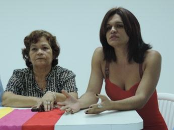 Chopelly Santos [direita] criticou entrevista em nome do Fórum LGBT. (Foto: Luna Markman/ G1)