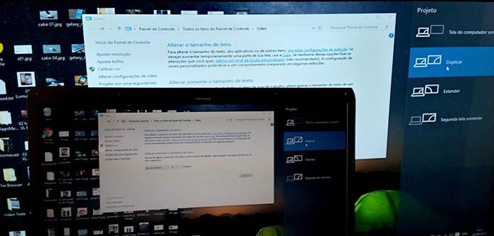 Função para duplicar a tela do computador e outro monitor (Foto: Barbara Mannara/TechTudo)
