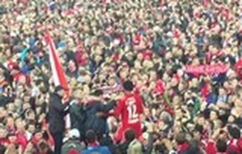 BLOG: VÍDEO: Luiz Adriano é carregado por multidão após título do Spartak Moscou