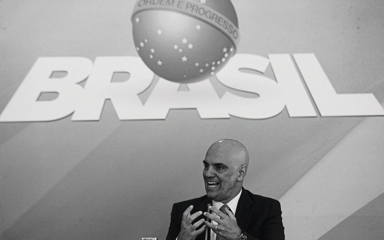 Alexandre de Moraes, ministro da Justiça em 2003,ao anunciar um plano nacional de segurança (Foto:   Aílton de Freitas/ Agência O Globo)