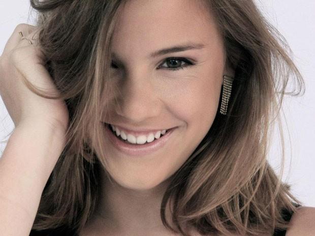 Conheça mais sobre Alice Wegmann, a atriz que dá um show na pele da roqueira Lia (Foto: Malhação / Tv Globo)