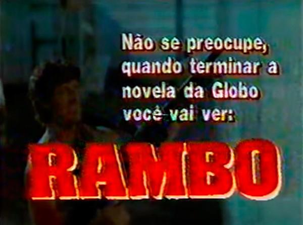Slide do SBT anunciando Rambo x Vale Tudo na Globo