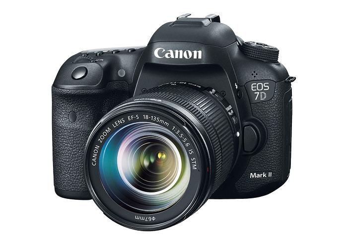 7D Mark II pode bater até mil fotos em sequência (Foto: Divulgação/Canon)