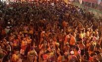 Trio elétrico arrasta multidão no último dia de carnaval em Januária