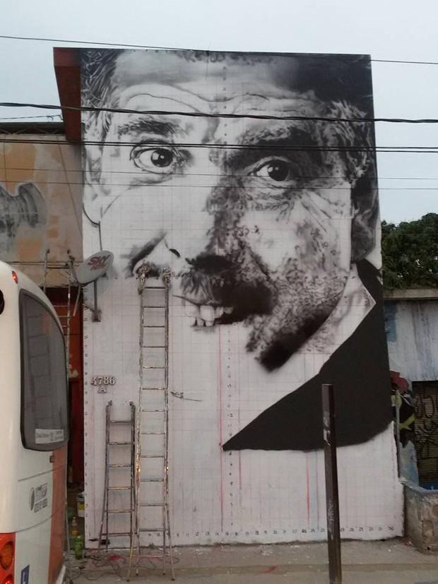Rubén Aguirre ganha homenagem de grafiteiro (Foto: Reprodução / Facebook)