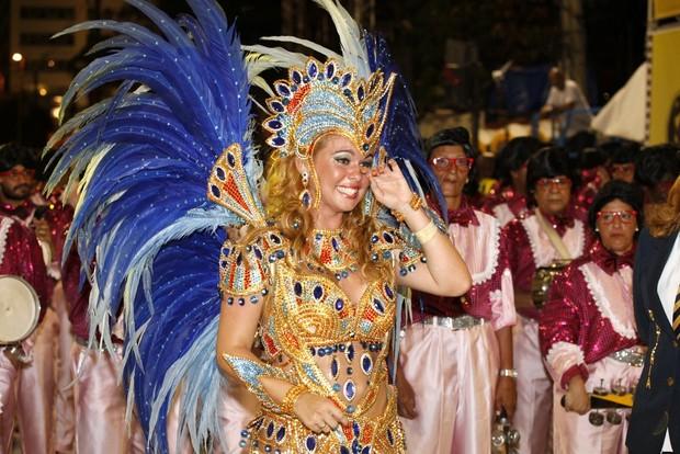 Bruna Almeida na Sapucaí (Foto: Marcos Serra Lima / EGO)