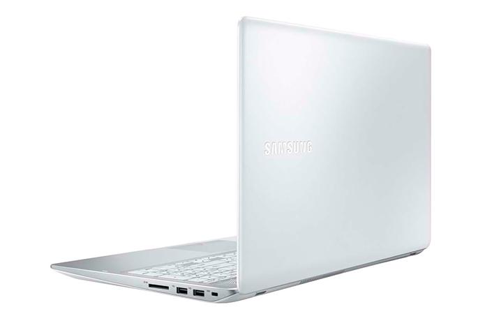 Samsung e Dell se mostram equivalentes nas especificações técnicas (Foto: Divulgação/Samsung)