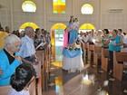 Fieis celebram Nossa Senhora Auxiliadora (Eliete Marques/G1)