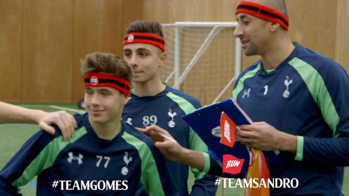 Sandro e Gomes participam de competição no Tottenham (Foto: Divulgação / Site Oficial do Tottenham)