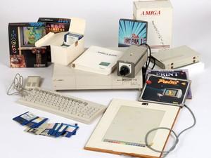 O computador Commodore Amiga usado por Andy Warhol em 1985 e 1986 (Foto: Diculgação/The Andy Warhol Museum)