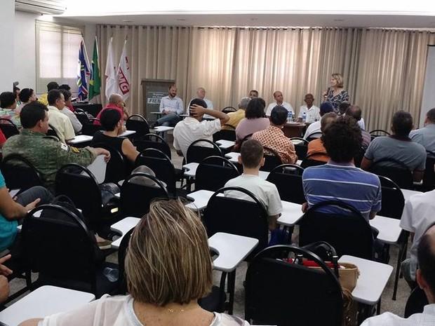 Lançamento do plano foi feito na sede da Fiemg Rio Doce em Governador Valadares (MG). (Foto: Divulgação/Prefeitura de Governador Valadares)