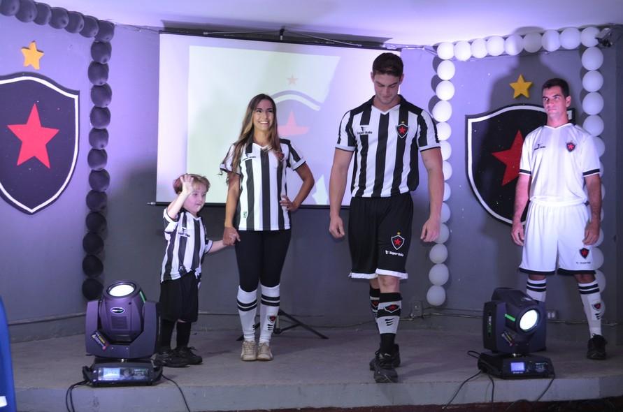 d8c0475f10935 FOTOS  Confira os novos uniformes do Botafogo-PB para 2015 - fotos em pb