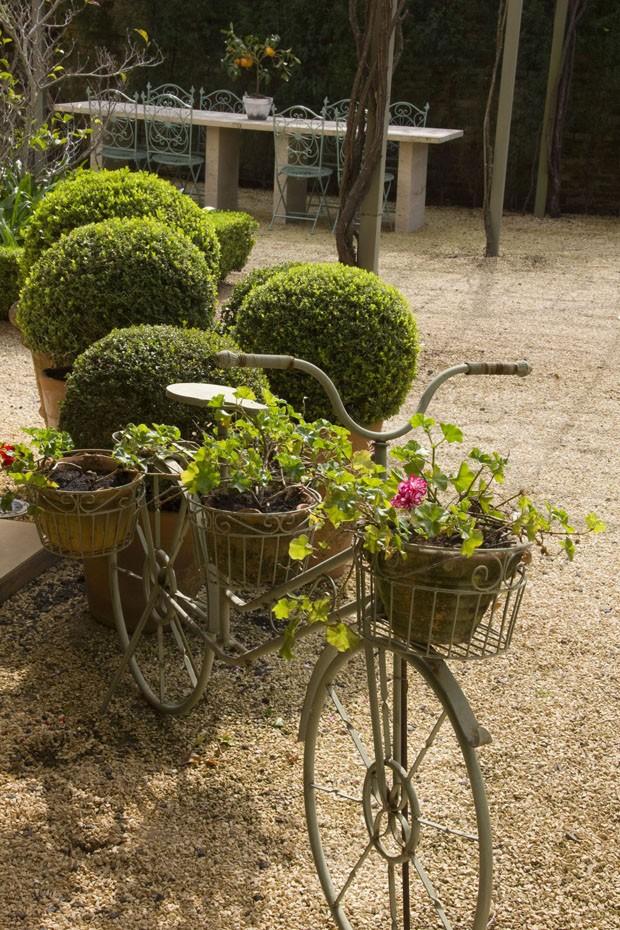 Como criar um jardim de ares europeus no Brasil – Adriana Pascheto