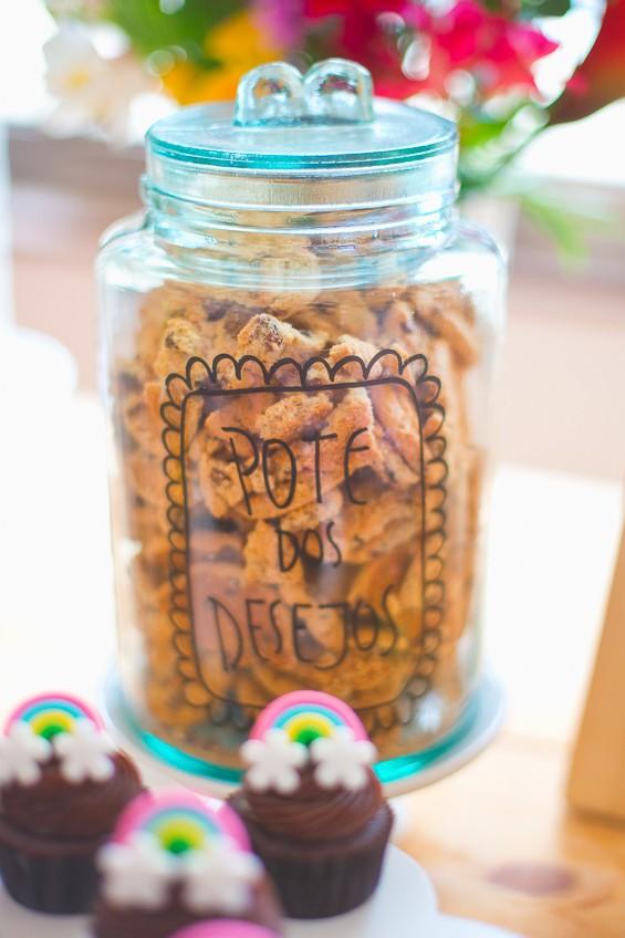 O que há detrás do arco-íris da Betina? Um pote de cookies! (Foto: Reprodução / Duorama Photography )