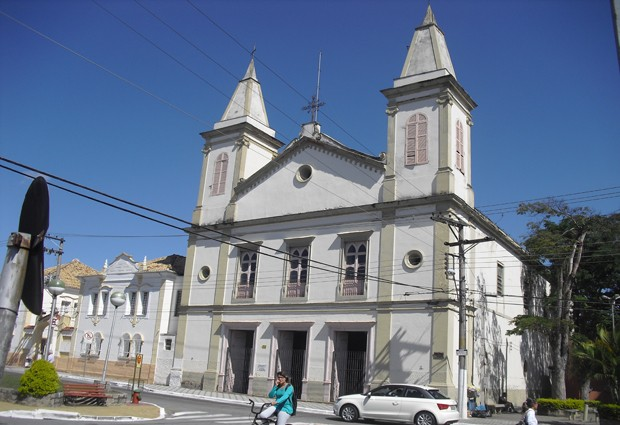 Igreja do Ros&#225;rio, em Taubat&#233;, est&#225; fechada h&#225; quase dois anos (Foto: Suellen Fernandes/G1)