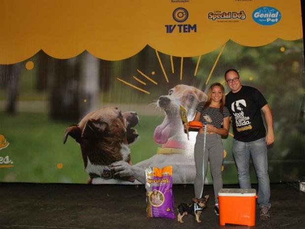 Menor cão se apresentou com a dona em Jundiaí  (Foto: Marketing/TV TEM)