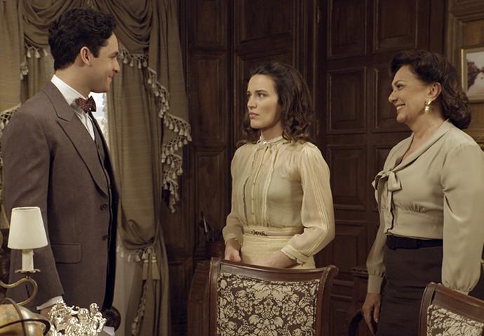 Maria se preocupa com Sandra e Celso e Anastácia tentam acalmá-la (Foto: TV Globo)