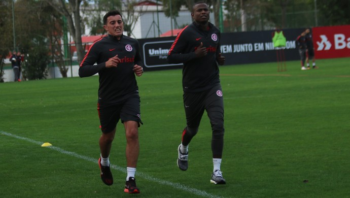 Luque volta a treinar com grupo do Inter (Foto: Tomás Hammes)