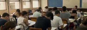Pesquisa mostra que o tempo investido na educação influencia diretamente a remuneração (Reprodução TV)