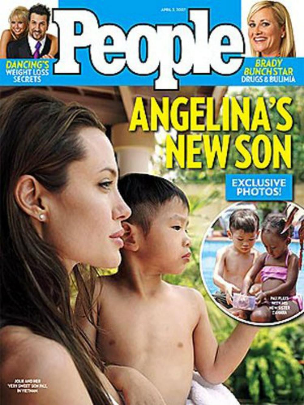 Angelina Jolie e o filho Pax Thien Jolie-Pitt na capa da revista People (Foto: Reprodução)