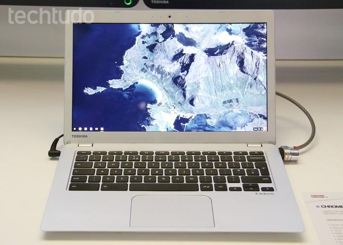 Chromebook 2 da Toshiba vem com processador Intel Celeron (Foto: Fabrício Vitorino/TechTudo)
