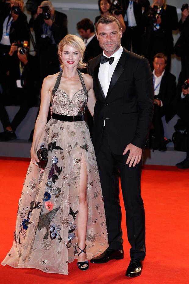 Naomi Watts e Liev Schreiber participam da 73º edição do Festival de Veneza, na Italia  (Foto: Getty Image)