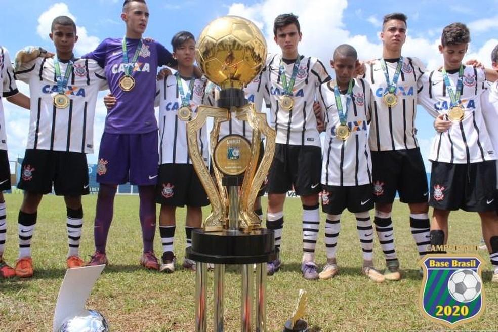 Corinthians, campeão do Campeonato Base Brasil 2020 (Foto: Divulgação)