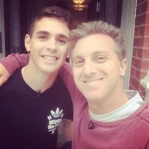 Oscar e Luciano Huck (Foto: Instagram)