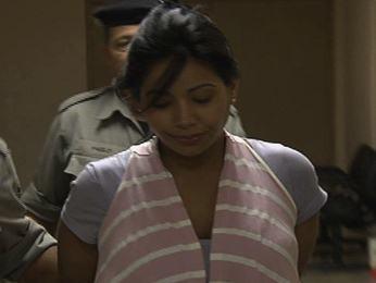 Andressa Prado de Oliveira, mãe de bebê que morreu dentro de carro em Aparecida de Goiânia (Foto: Reprodução/TV Anhanguera)