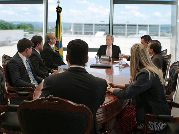 O presidente do STF, Ricardo Lewandowski, recebe o presidente da Câmara, Eduardo Cunha, para falar do rito do impeachment (Foto: Rosinei Coutinho/Agência Brasil)