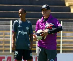 Cléber Gaúcho técnico XV de Piracicaba (Foto: Toni Mendes / EPTV)