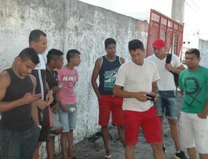 Jogadores do Auto Esporte estão sem poder voltar para casa por conta dos salários atrasados (Foto: Rammom Monte / GloboEsporte.com/pb)