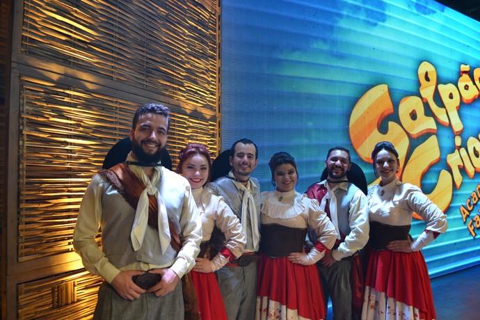 Ivi Maraé, vencedor do voto popular do Desafio Farroupilha. fez a dança no Galpão.  (Foto: Nice Sordi/RBS TV)
