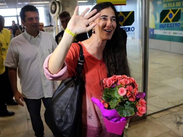 Blogueira cubana Yoani Sánchez chegou ao Rio de Janeiro neste sábado (Foto: Fabio Motta/Estadão Conteúdo)
