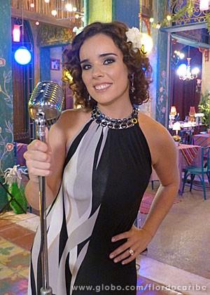Irene está animada com estreia em novela (Foto: Flor do Caribe / TV Globo)