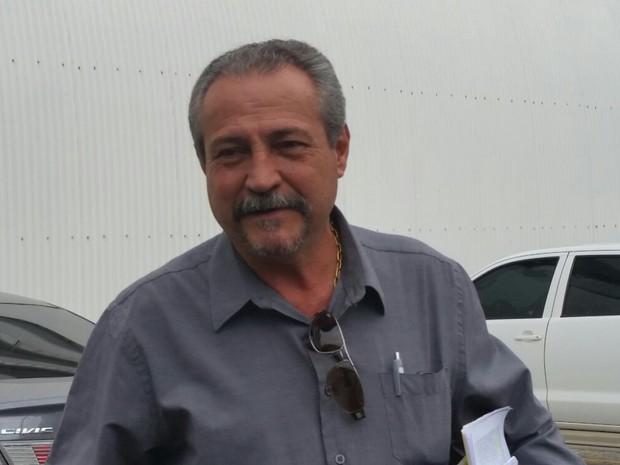 Coronel Ferreira chega para julgamento, nesta quinta-feira (Foto: Juirana Nobres/ G1)