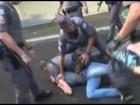 Polícia atira bombas em manifestação do MTST na Avenida Paulista