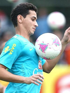 Ganso no treino da Seleção (Foto: Mowa Press)