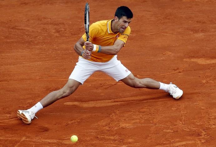 Djokovic sofreu com Berdych, mas acabou conquistando o título (Foto: REUTERS)