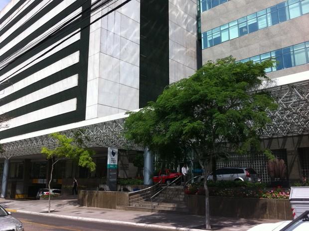 Verissimo está internado no CTI do Hospital Moinhos de Vento, em Porto Alegre (Foto: Caetanno Freitas/G1)