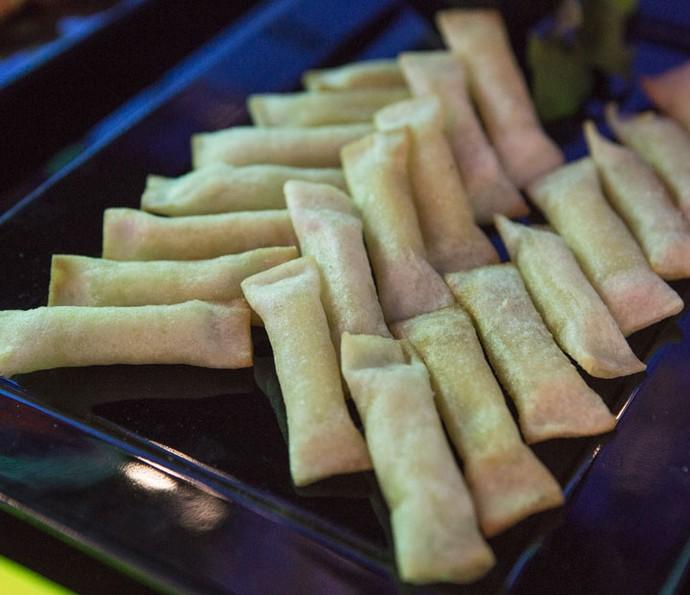 Rolinho de queijo coalho com melaço (Foto: Fábio Rocha/Gshow)