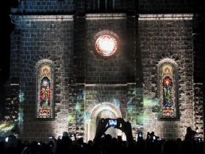 Celulares, tablets e câmeras registram todos os movimentos do Natal Luz (Foto: Caetanno Freitas/G1)