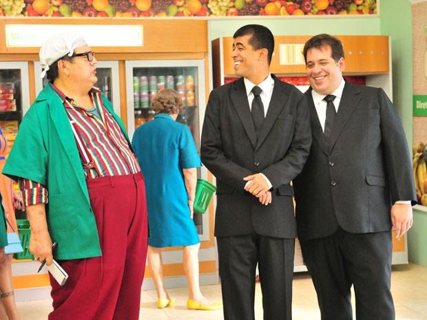 Márcio Ribeiro (à esq.) como Broncoli no programa 'Os caras de pau', em cena com Marcius Melhem e Leandro Hassum (Foto: TV Globo/João Miguel Júnior)