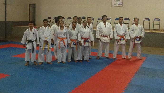 Karatecas de Guajará-Mirim (Foto: Dayanne Saldanha)