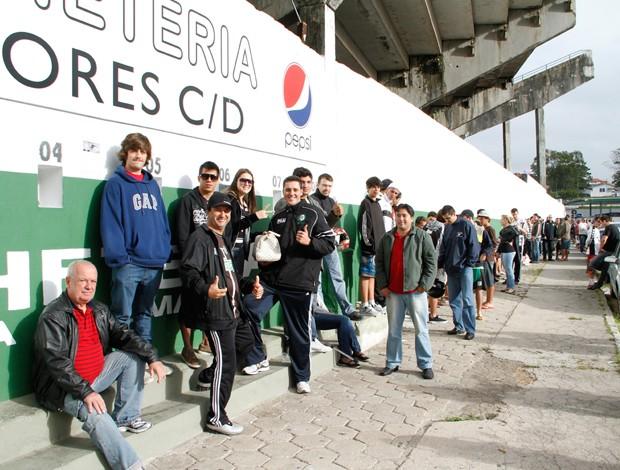 fila ingressos figueirense orlando scarpelli (Foto: Carlos Amorim / Site Oficial do Figueirense)