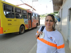 "Isailma se lembra de quando o aeroporto era, segundo ela, ""deserto"" (Foto: Raquel Freitas/G1)"