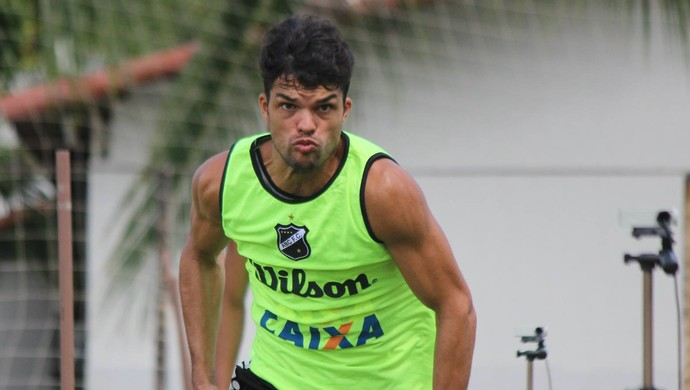 Márcio Passos - volante do ABC (Foto: Divulgação/ABC)