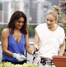 Dira e Angélica criam saladinha (TV Globo/Inácio Moraes)