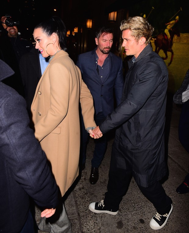 Katy Perry e Orlando Bloom em Nova York, nos Estados Unidos (Foto: Grosby Group/ Agência)
